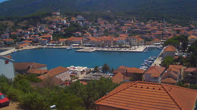 Bild zeigt Standort Jelsa, Kroatien